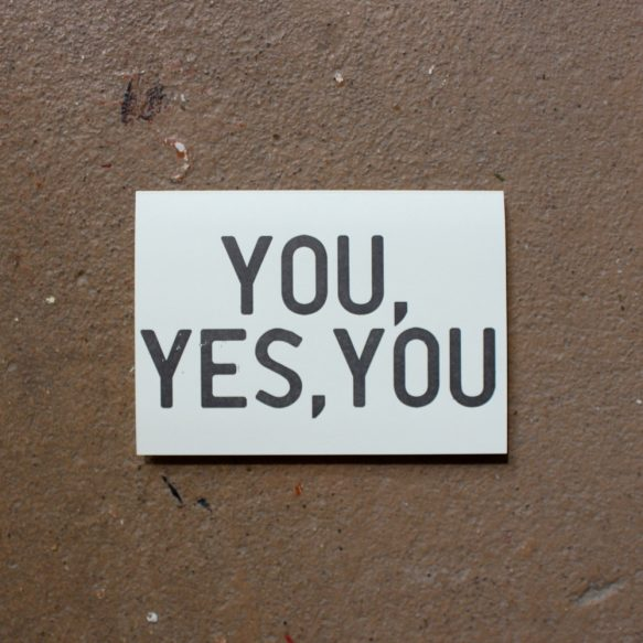 tu esti