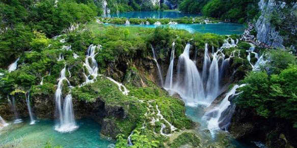 cele-mai-frumoase-cascade-din-lume-Detian