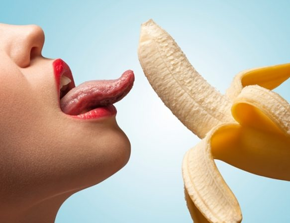 sex-oral-banana-650x500
