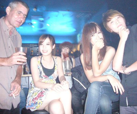 freedom-ocean-night-club-420-guanxi-465x390